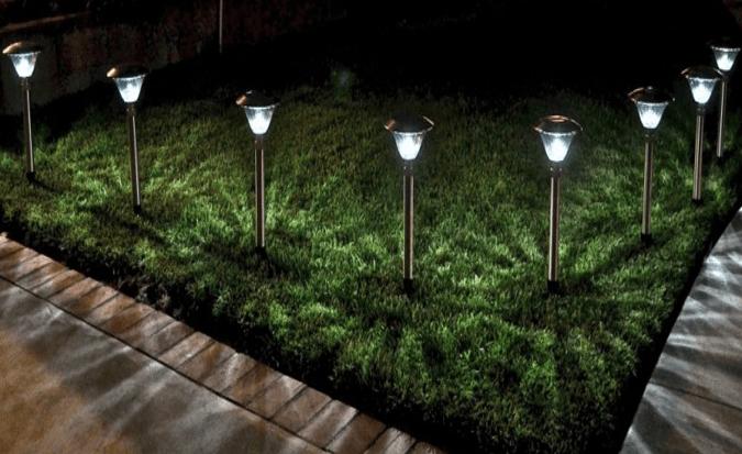 Lampy Solarne Led W Aranżacji Ogrodu Neo Led